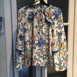 Parker 100% silk long sleeve blouse. Size small